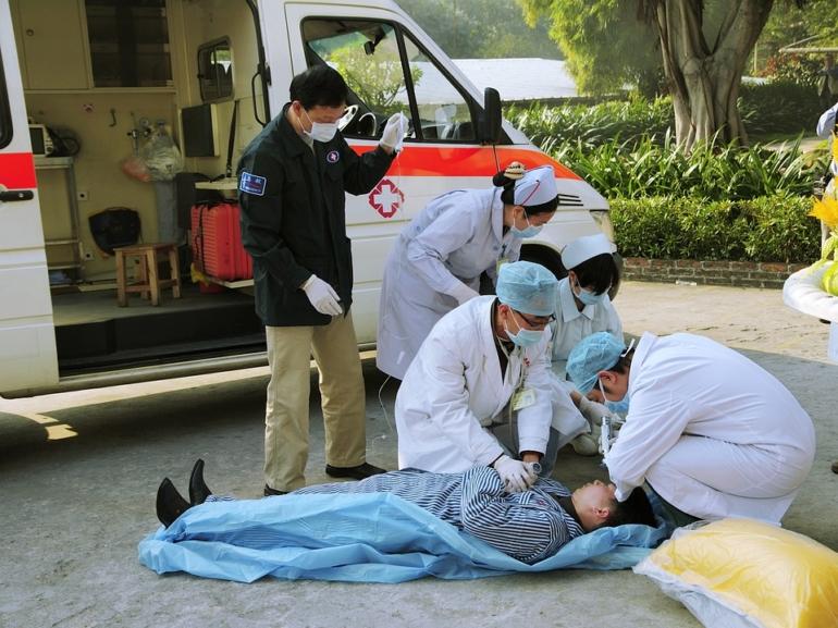 medical-emergency-1057706_960_720